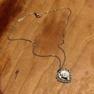 Jewelry - Vintage Ceramic Rose/Heart Pendant